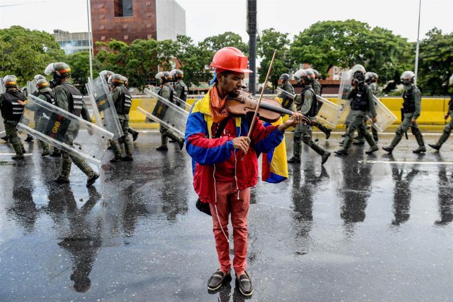 Venezuela continues slide into dictatorship