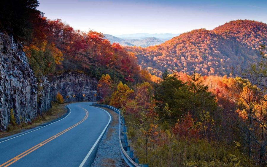 100 deep questions to ask on long autumn road trips